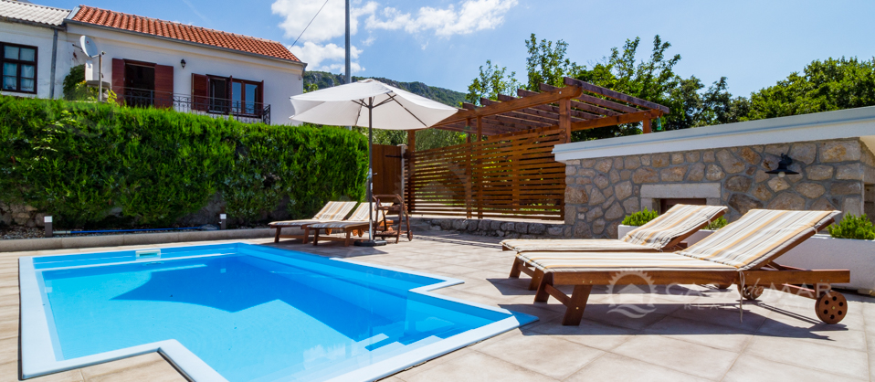 Crikvenica, beautiful villa with swimming pool